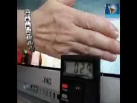 Магнитный браслет с лечебными вставками