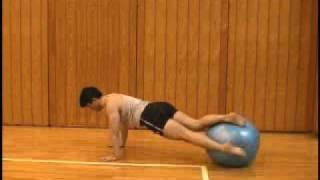 バランスボール プローン・トーソーツイスト prone-torso-twist