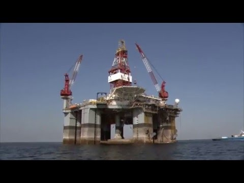 how to move offshore oil rig