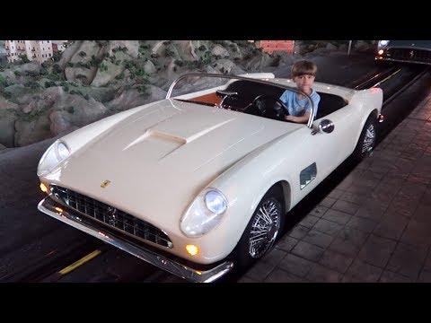 Play Ride Slide Spin - Ferrari World Family Time