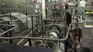 Tour a Container Ship Engine - Our Chief Engineers take you on a tour. maritimeconsultants.com.au