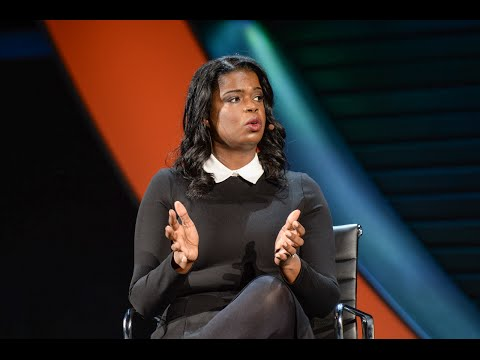 """Kim Foxx: """"We deal with gun violence in the aftermath"""""""