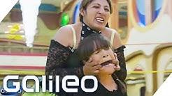 Wrestling in Bolivien - Gewinnt Claire die Welt-Challenge? | Galileo | ProSieben