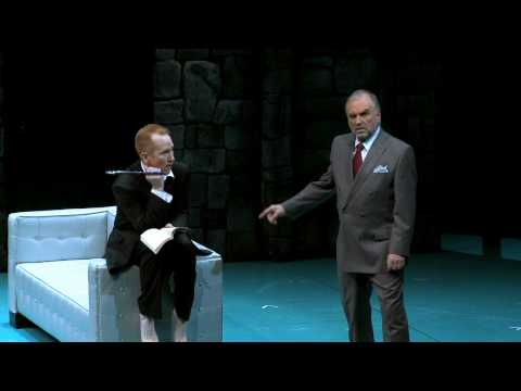 Preview: Hamlet. The 2010 production at the Oregon Shakespeare Festival