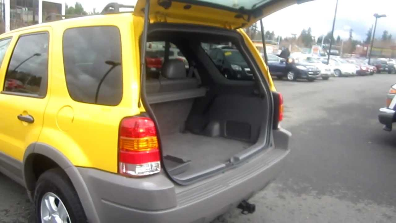 2001 ford escape xlt 4wd yellow stock 6065823 interior rear