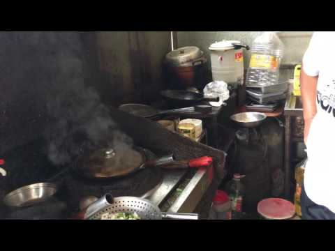 free range chicken cooked by Chinese chef in Linyi City
