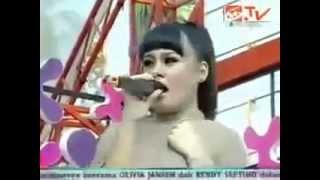 Setia Band feat Bella Wang Sembah Sujud