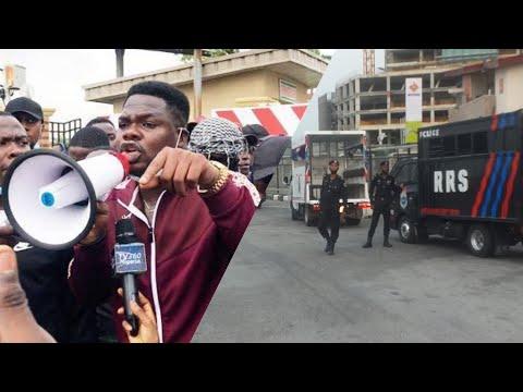 Mr Macaroni Leads Lekki Toll Gate Peaceful Protest