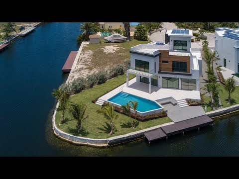 HQ, Hoya Quay | Crystal Harbour | Cayman Islands Sotheby's International Realty | Caribbean