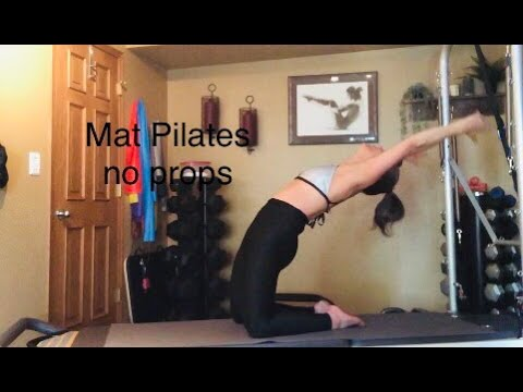 Athletic Fusion Pilates no props with trainer Fiona Hermanutz