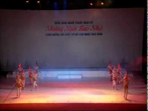 Múa Khuc Bien Tau Tu Pho Tuong Co