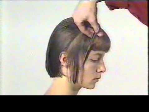 Comment couper des cheveux longs au carre
