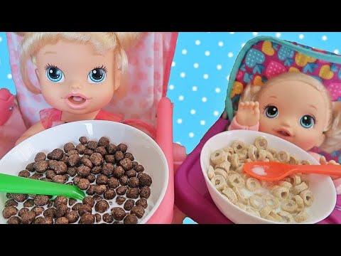 Куклы Пупсики Беби Элайв кушают / Baby Alive Doll Feeding/ Открываем сюрпризы - Зырики ТВ