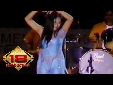 Dangdut - Waru Doyong (Live Konser Krian Jawa Timur 4 Juni 2006)