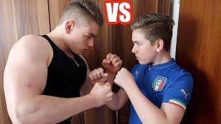 Bodybuilder VS Fußballer - Fitness Challenge EXTREM!