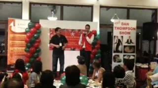 Angmoh sang Mandarin & Hokkien Song- I nearly died laughing...