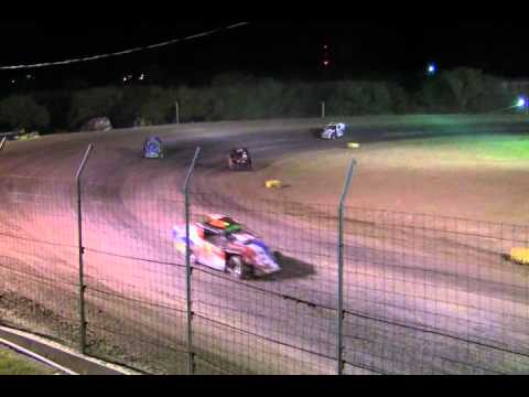 I-37 Raceway modified highlights 8-6.WMV