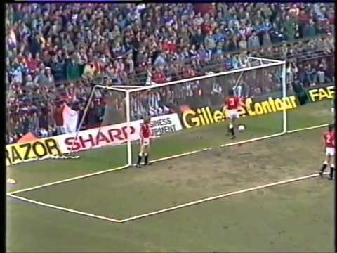 Manchester United V West Ham United 0-2 9th March 1986
