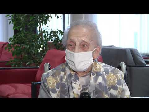 Consuelo Landa, primera alavesa en recibir la vacuna contra el Coronavirus