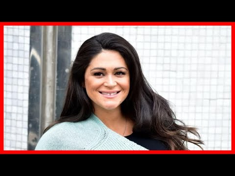 pregnant-casey-batchelor-shocks-fans-revealing-huge-baby-bump-with-four-weeks-to-go-until-birth