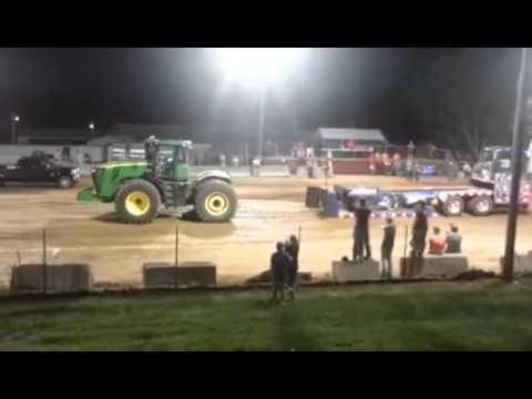 Winning Farm Stock Tractor Pull run