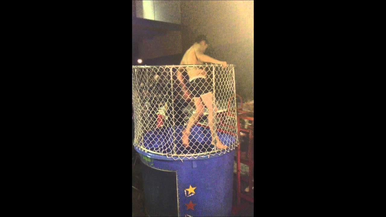 Elijah Wood gets dunked wearing his underwear - YouTube