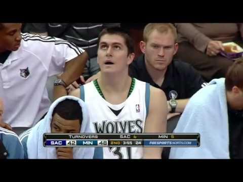 Darko Milicic vs Kings (2009-10 NBA regular season)