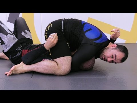 Marcelo Garcia: Half Guard Pass & Triangle from ADCC 2011
