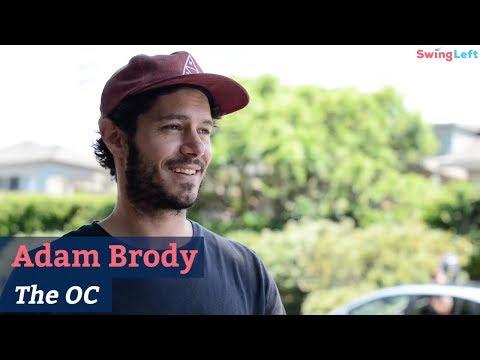 Adam Brody Returns to The O.C.  Swing Left