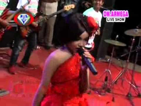 Aku Diam Bukan Tak Tahu   Tasya Rosmala    Armega Live Show Mulung Driyorejo 2015