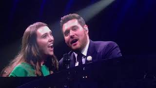Michael Bublé - Singing with Audience Member Katy Saunders - Leeds First Direct Arena - 3/6/19
