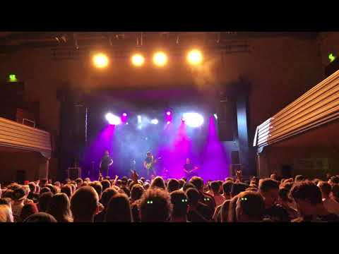 August Burns Red - King Of Sorrow & Empire...