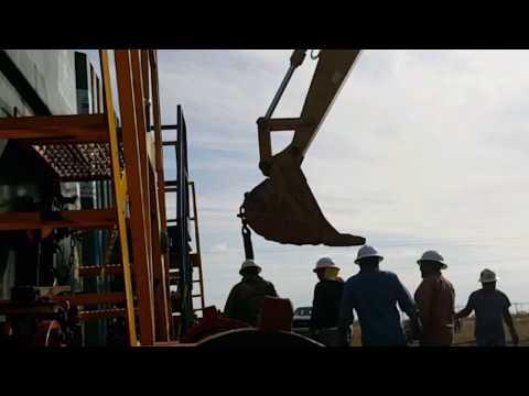 OIL FIELD FRACK TANK arrangement
