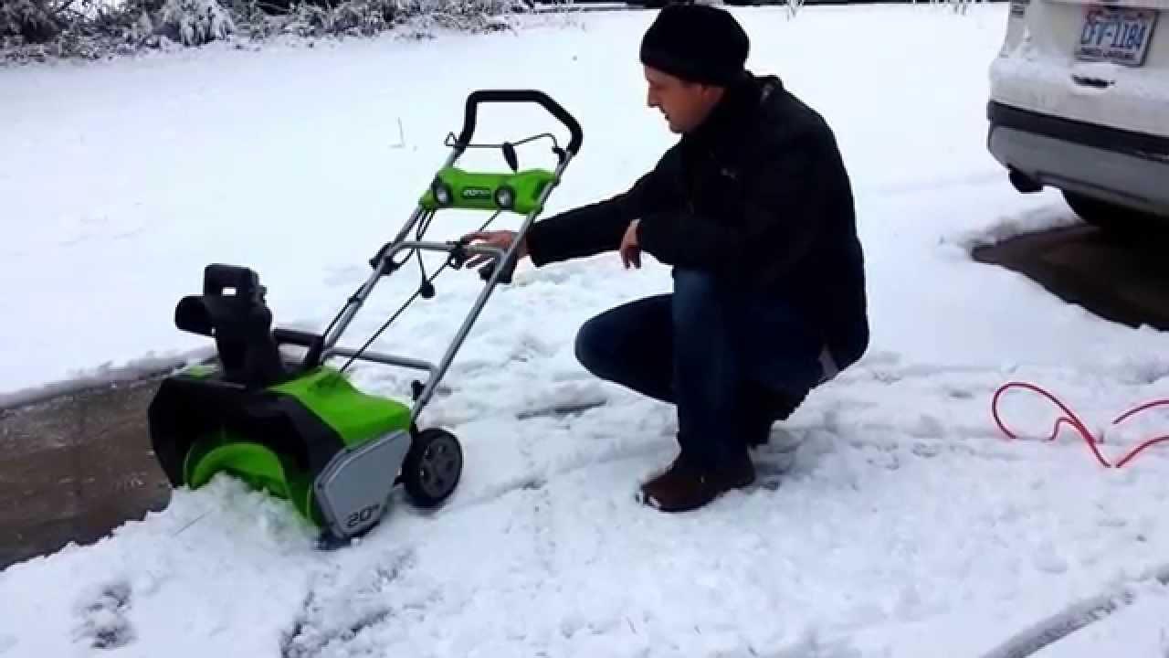 "Greenworks 20"" 13 Amp AC Snow Thrower - YouTube"