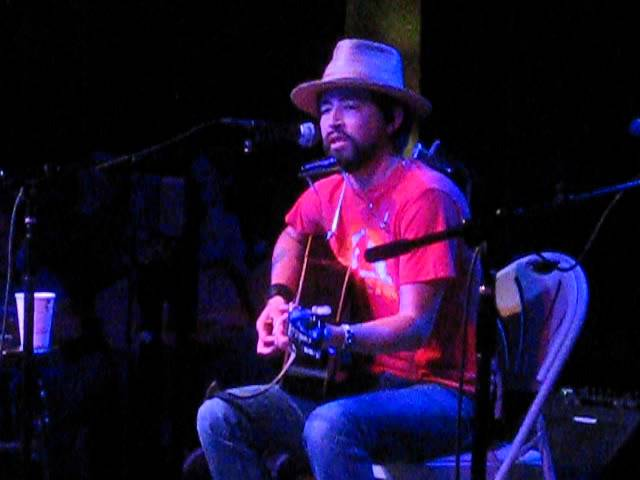 jackie-greene-honey-i-ve-been-thinking-about-you-friend-of-the-devil-5-5-15-diablagato
