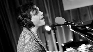 Mika - I Want Love (Elton John Cover)
