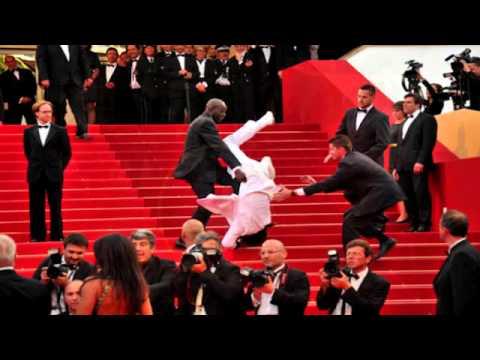 Jason Derulo Falls Down Stairs At Met Gala? Jason Derulo Did NOT Fall Down Stairs at Met Gala 2015