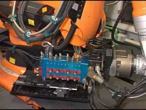 Handling of die cast parts with a kuka robot youtube malvernweather Gallery