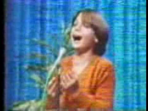 Luis Miguel -  La Malagueña, su debut - 1981