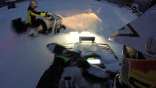 Квадроцикл CFMOTO X8 в глубоком снегу(Резина: Спереди - Deestone Swamp Witch 27