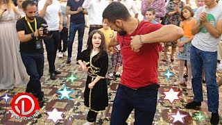 Маленькая Девочка Танцует В Баку 2018 Лезгинка (Концерт Сакита Самедова)