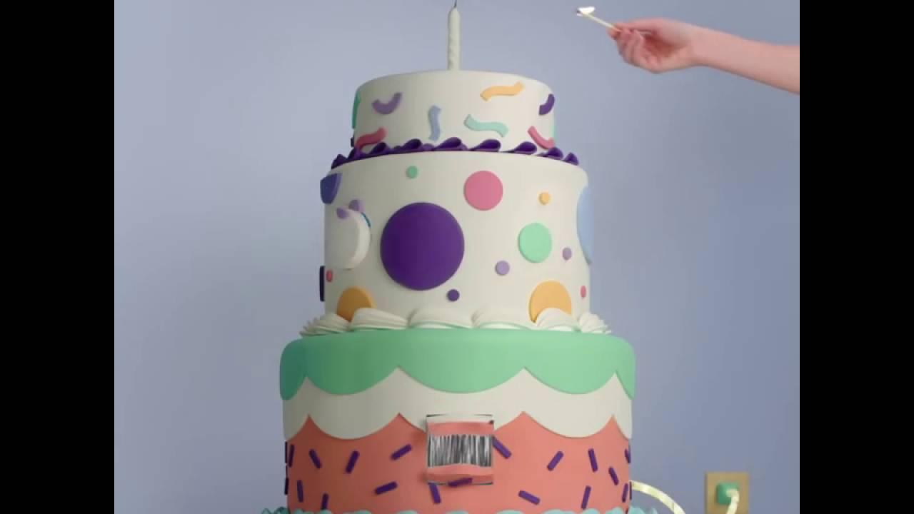 Facebook Presenta Increíble Pastel De Cumpleaños