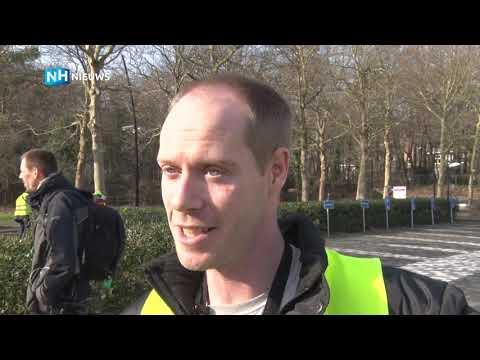 Het Gele Hesjes-protest in Hilversum tegen 'mainstream media propaganda' NOS is rustig verlopen
