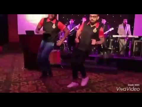Virat Kohli And Chris Gayle break Dance whatsapp videos