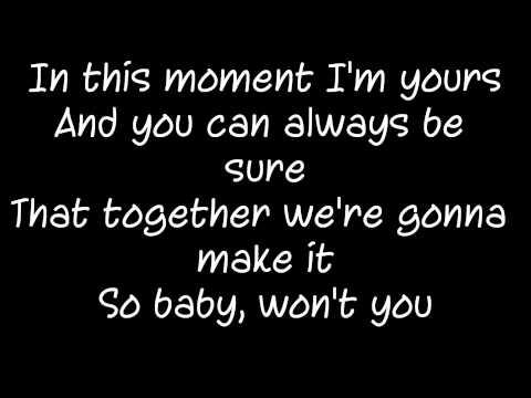Sophie Ellis-Bextor-not giving up on love (lyrics)