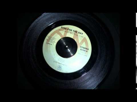 "Styx - ""Sing for the Day"" 1978 (45-RPM Single Version)"