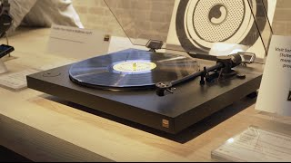 Sony PS-HX500 high-resolution turntable | CES 2016 | Crutchfield