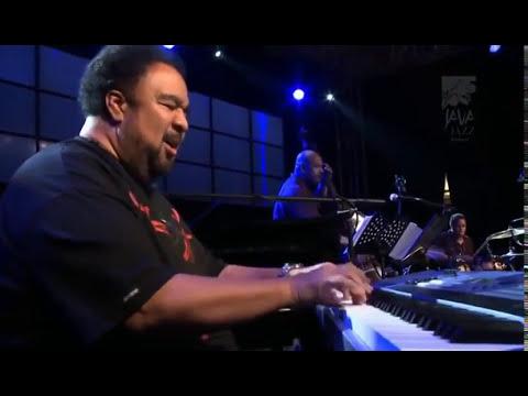 Live @ Java Jazz Festival (2010)