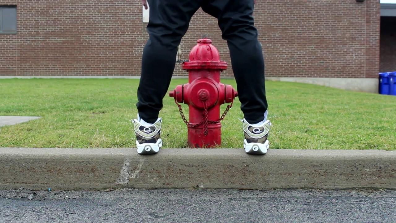 "ed0934e280a429 BAPE x mita sneakers x Reebok Question ""1st Camo"" on foot - YouTube"