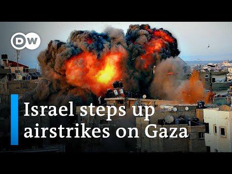 Israel kills Islamic Jihad leader as Gaza sees heaviest bombing so far | DW News